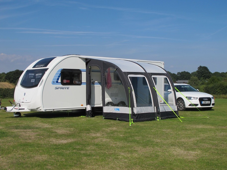 Kampa Rally Air Pro 260 Caravan Porch Awning from Kampa ...