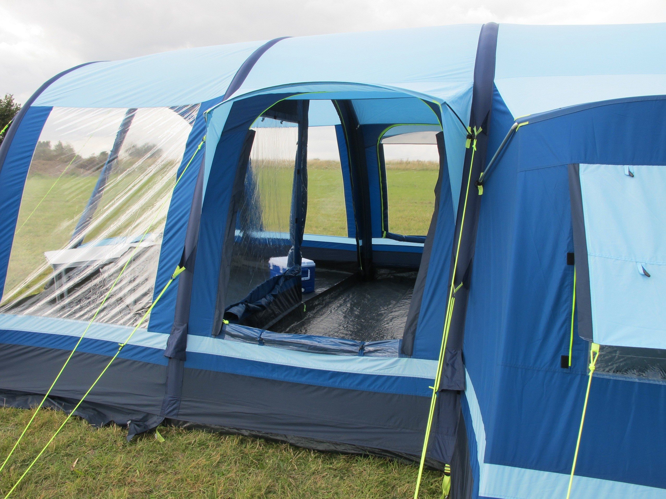 & Kampa Filey 6 AirFrame Tent Package